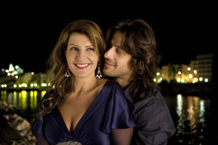 L- R: Nia Vardalos and Alexis Georgoulis. Photo Credit: Teresa Isasi. ©2009, Fox Searchlight Pictures.