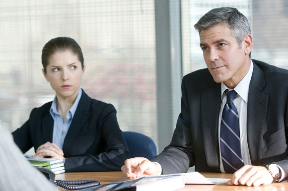 Natalie Keener (Anna Kendrick, left) and Ryan Bingham (George Clooney, right) in UP IN THE AIR, a Paramount Pictures release. Photo Credit: Dale Robinette. Copyright © 2009 DW STUDIOS L.L.C. and COLD SPRING PICTURES. All Rights Reserved.